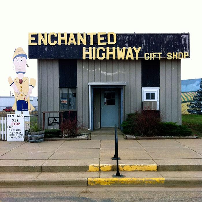 EnchantedHighway_GiftShop